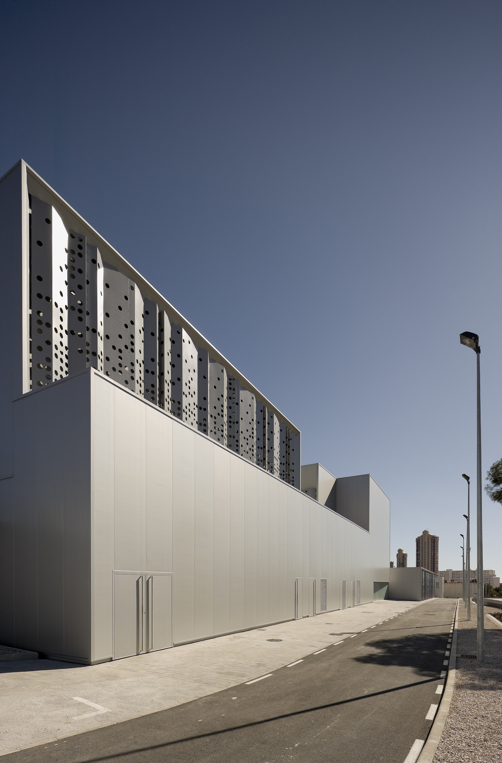 Water Treatment Station of Benidorm / Otxotorena