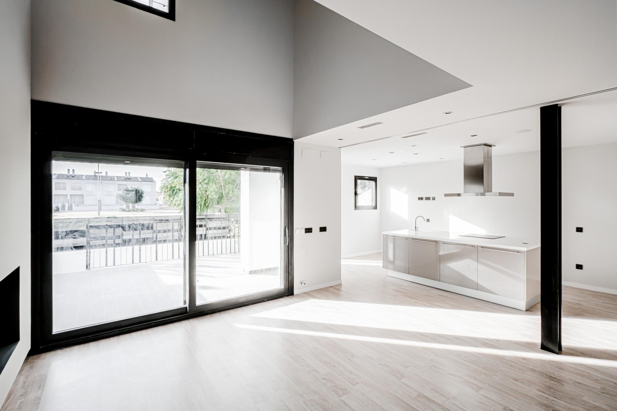 Interior Light Single Family Housing,© Germán Cabo Arnal