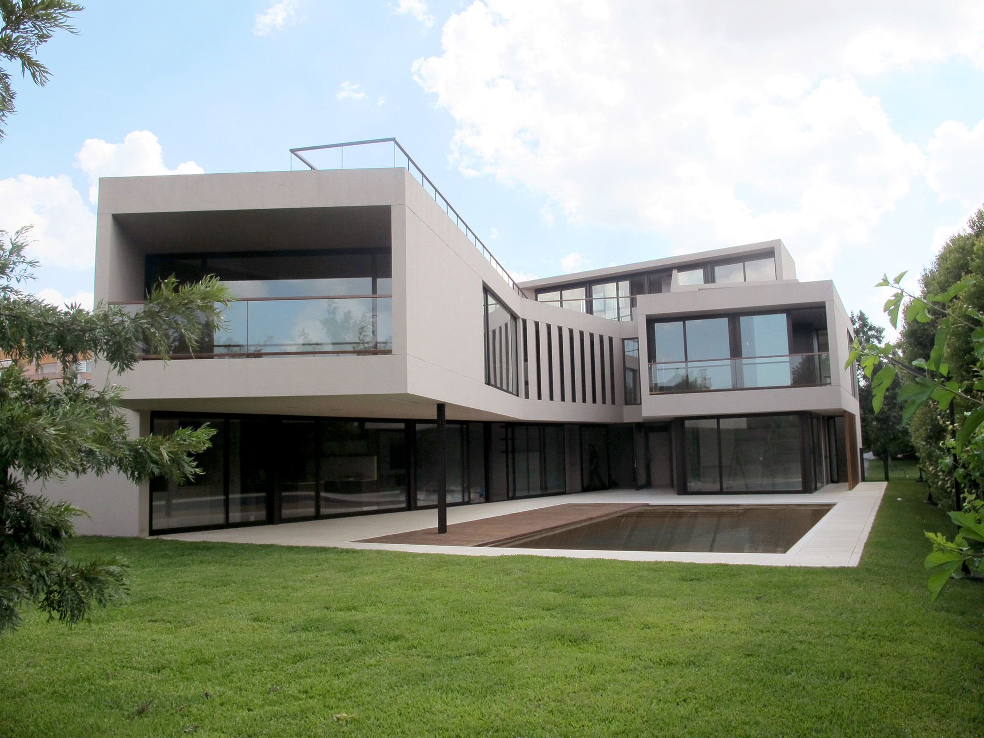House in Tigre / FILM-Obras de Arquitectura, Courtesy of FILM-Obras de Arquitectura