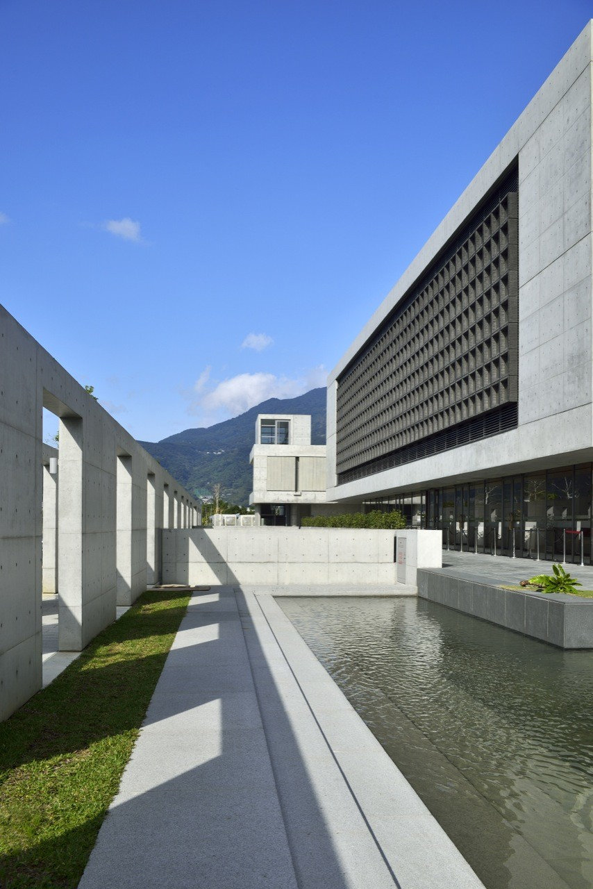 Water-Moon Monastery / Artech Architects