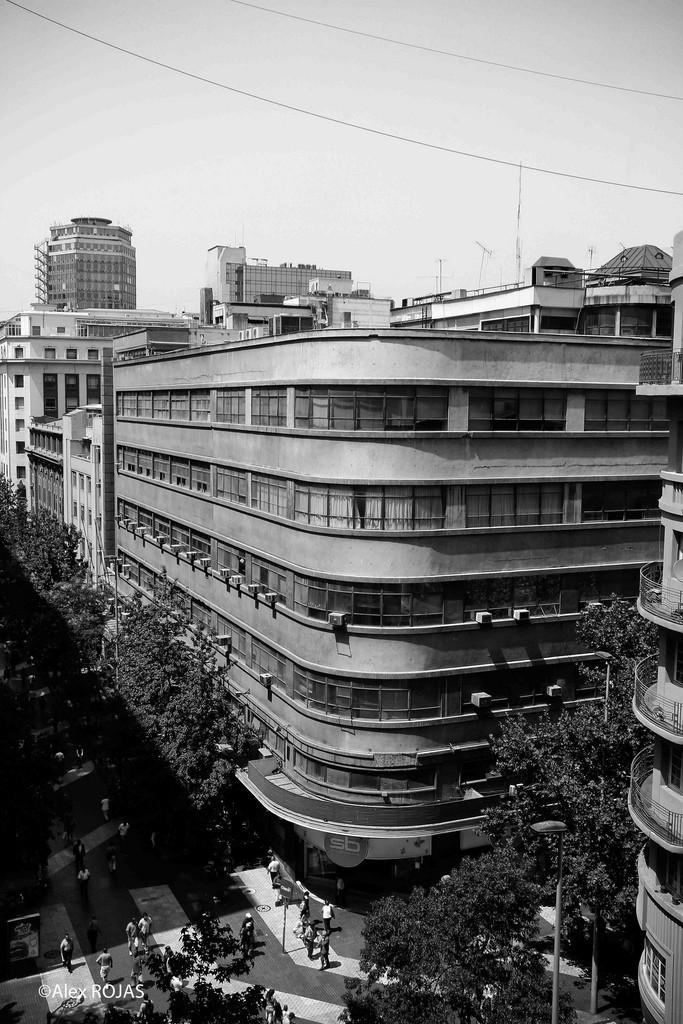Clásicos de Arquitectura: Edificio Oberpaur / , © Alex Rojas