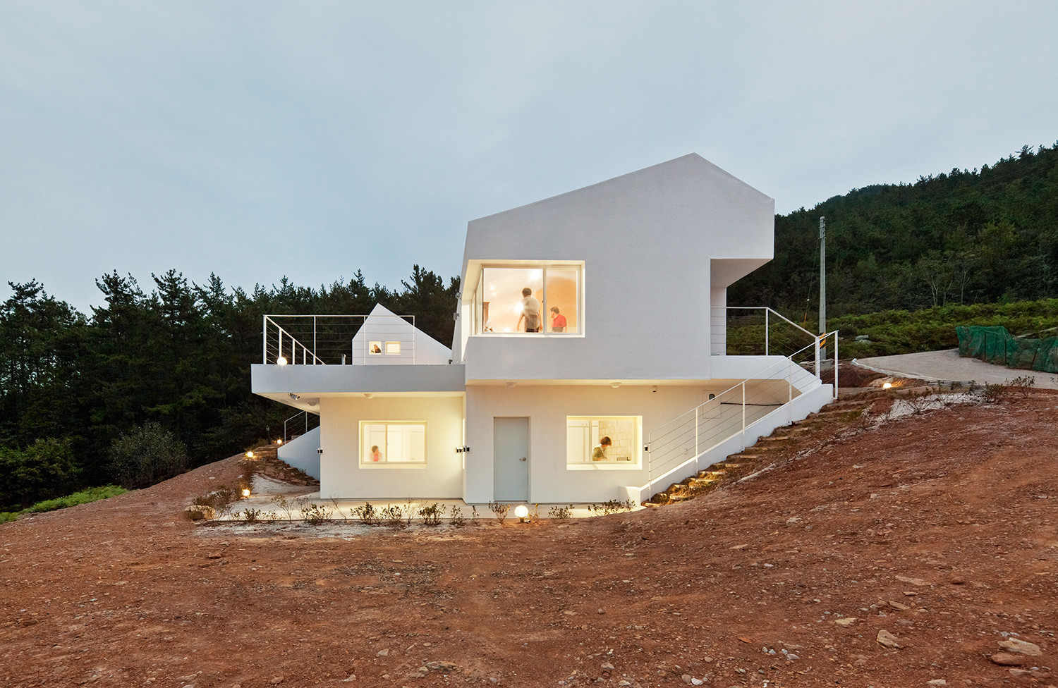 Net Zero Energy House Lifethings Archdaily