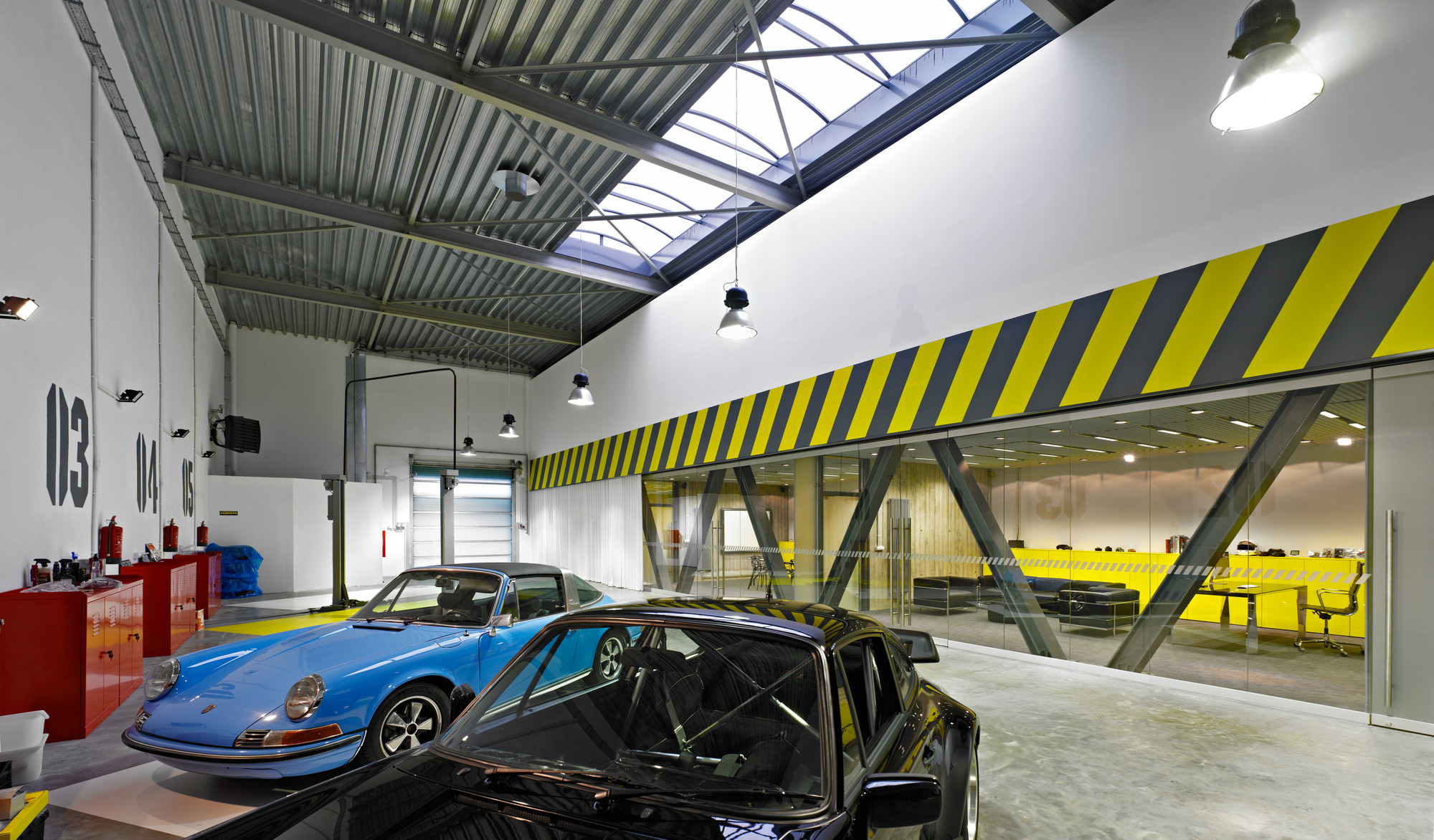 Gallery of office garage / ultra architects   11