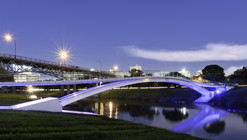 Phyllis J. Tilley Memorial Bridge / Rosales + Partners Architects
