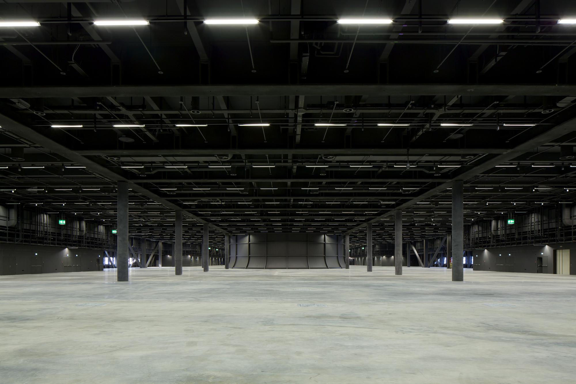 Messe Basel New Hall / Herzog & de Meuron