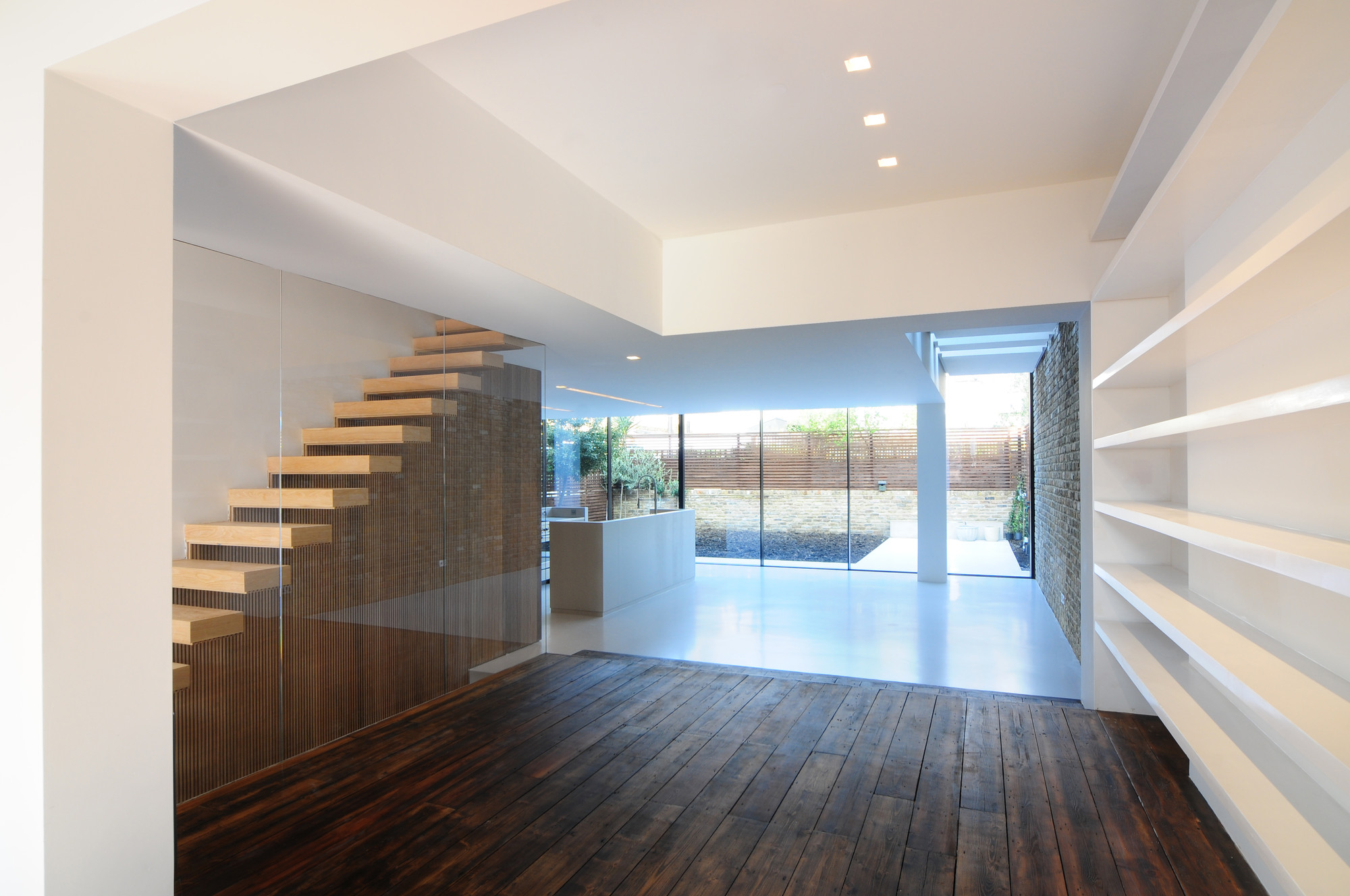 HomeMade / Bureau de Change Design Office