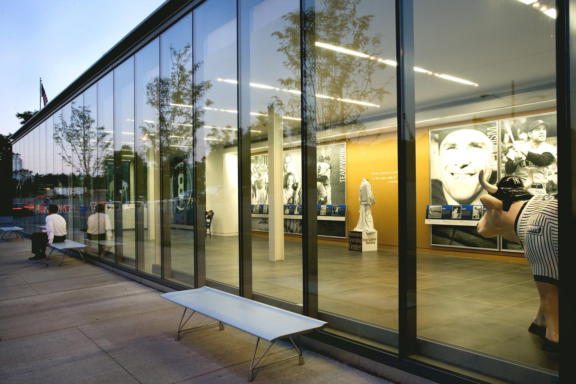 Yogi Berra Museum and Learning Center / ikon.5 architects