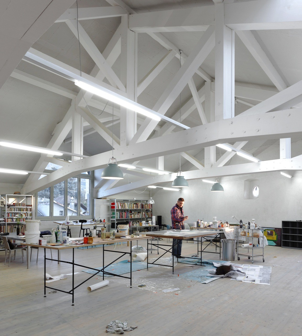 Studio in an Agricultural Building / Charles Pictet Architecte, © Thomas Jantscher