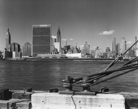 United Nations, International Team of Architects Led by Wallace K. Harrison, New York, NY, 1950  Gelatin Silver Print © Ezra Stoller, Courtesy Yossi Milo Gallery, New York