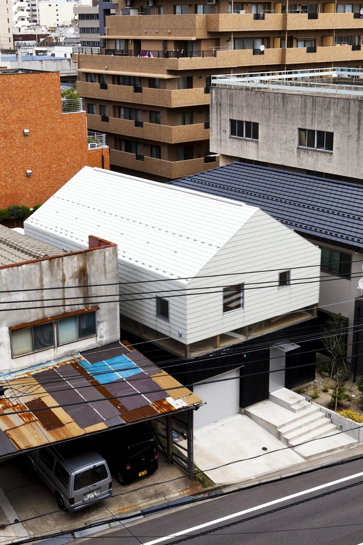 RIBBON / Komada Architects' Office