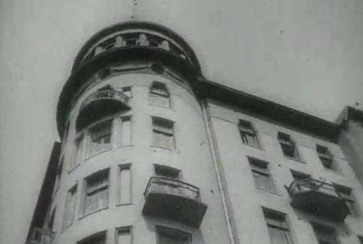 "Cine y Arquitectura: ""Man with a Movie Camera"""