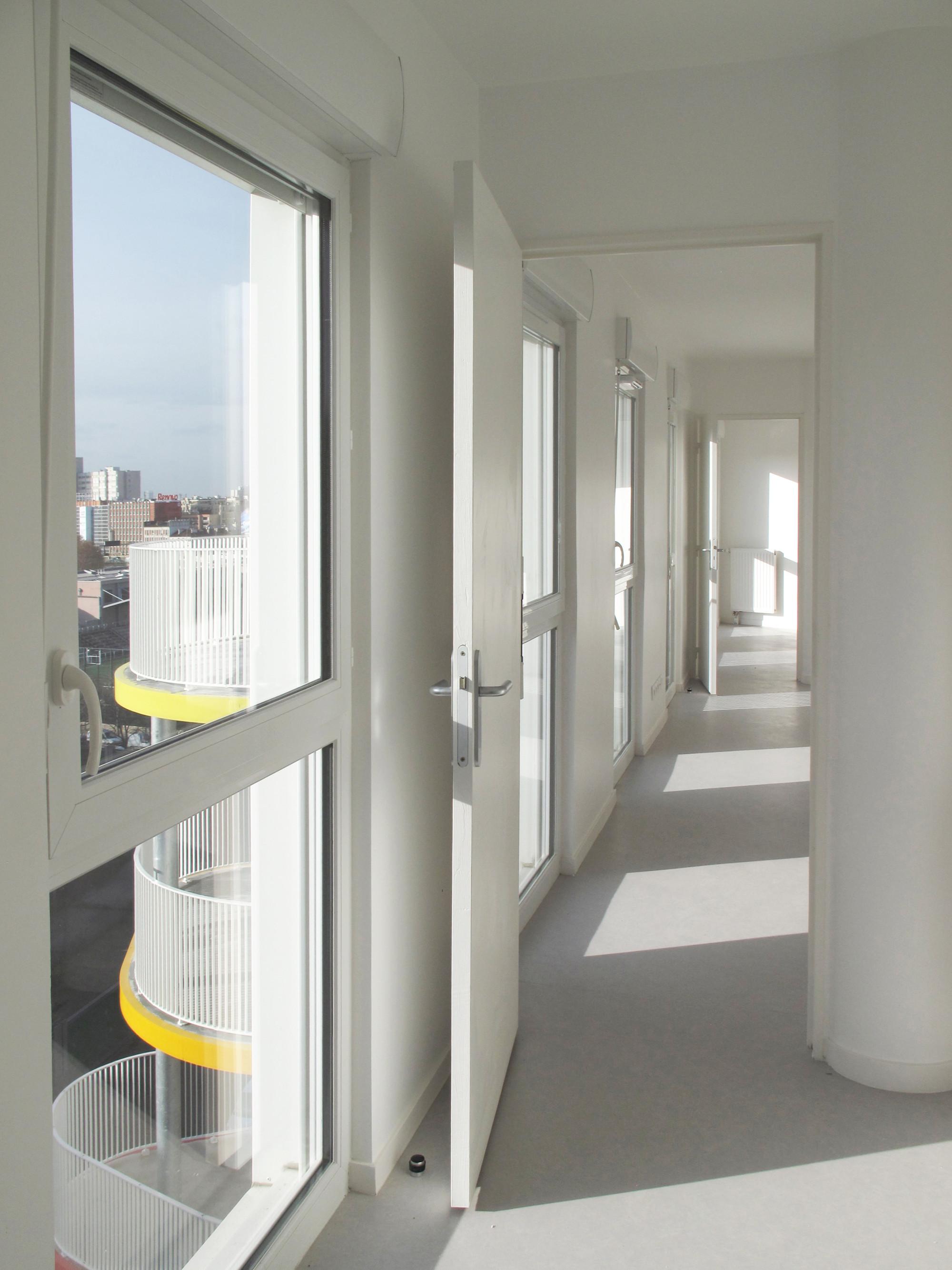 Rebière 21 housing / Hondelatte Laporte Architectes