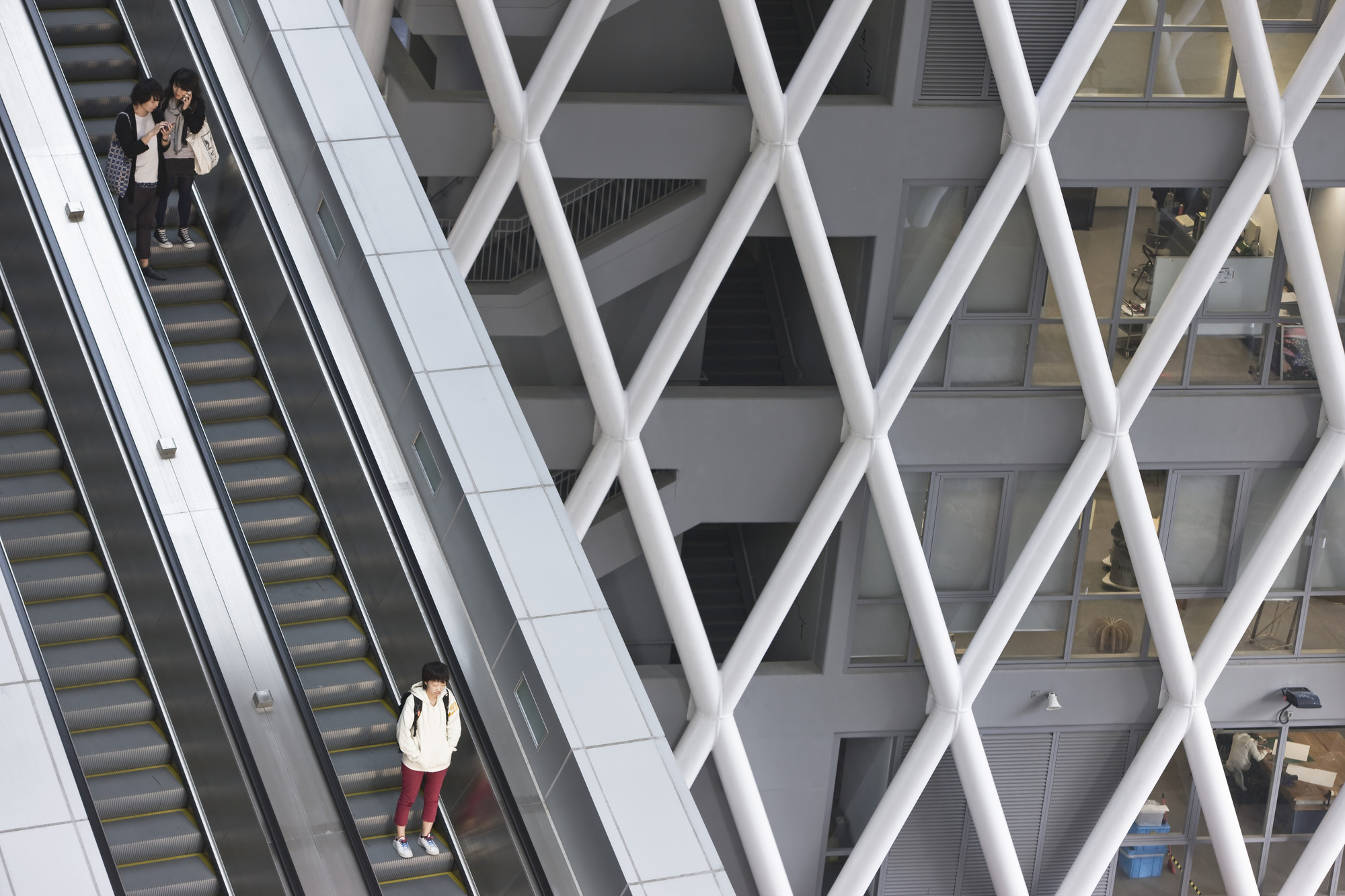 Gallery of hong kong institute of design caau 2 for V column architecture