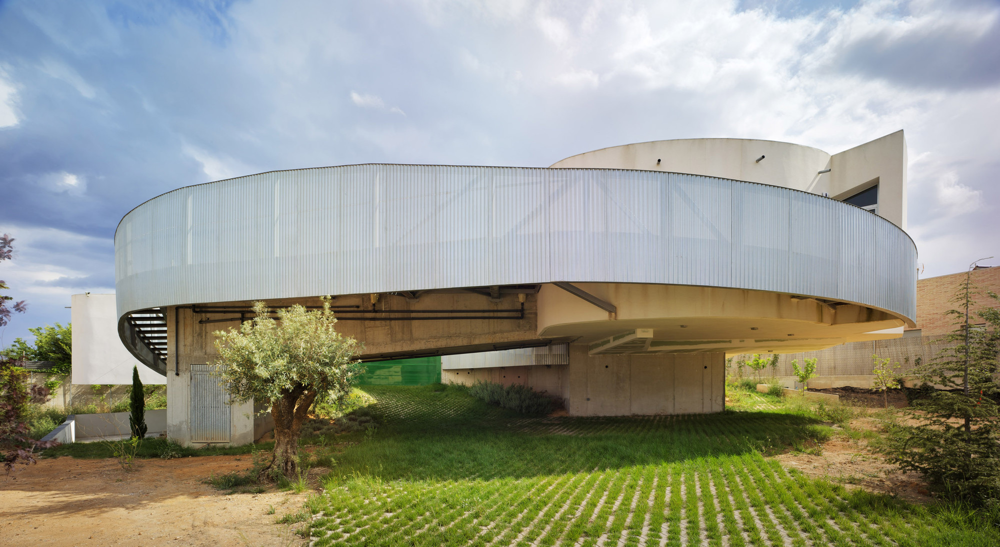 Introverted House / XPIRAL, © David Frutos | Bis Images