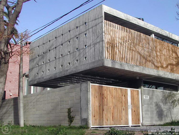 Casa Buceo / Gualano Arquitectos