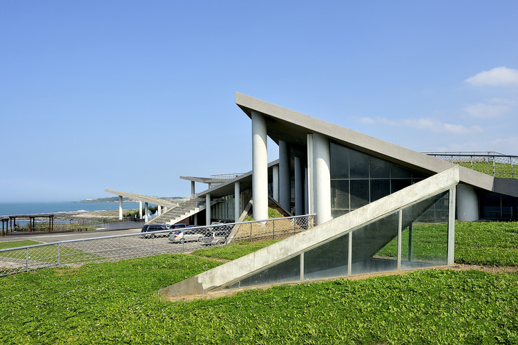 Baisha Wan Beach and Visitor Centre / Wang Weijen Architecture, Courtesy of Wang Weijen Architecture