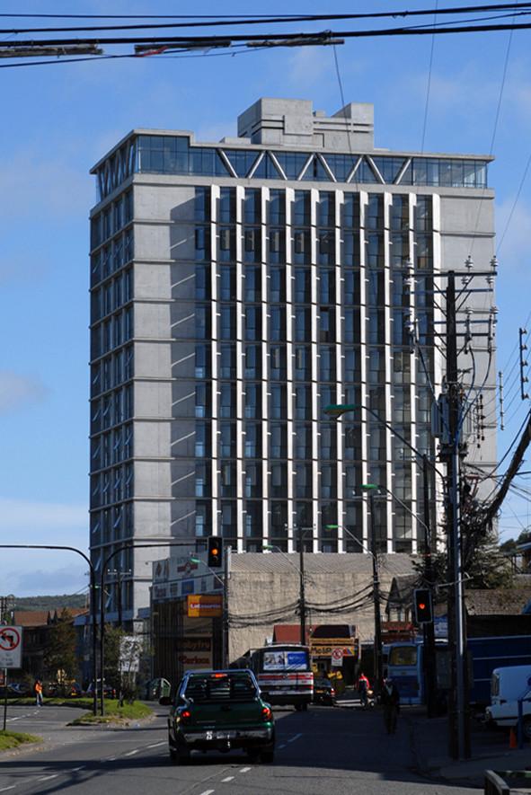 Edificio Costanera - Peñafiel Arquitectos / José Domingo Peñafiel, © José Domingo Peñafiel
