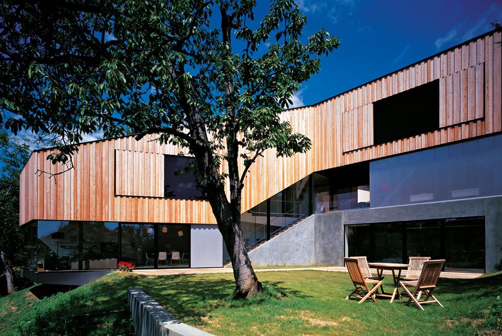 Casa J2 / 3LHD Architects, © Damir Fabijanicç