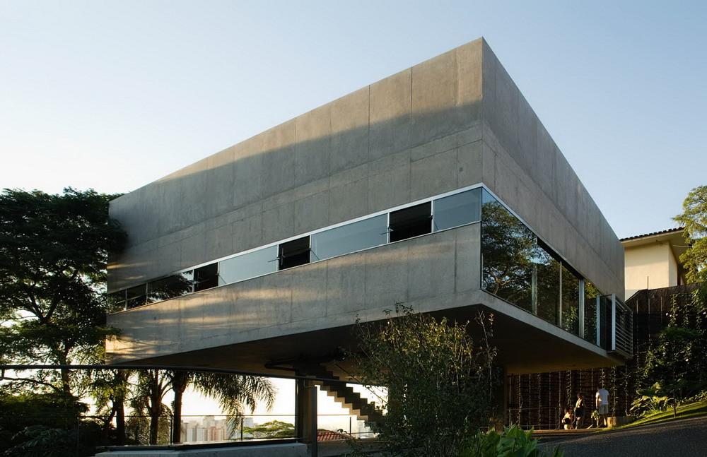 Casa y Estudio en Vila Romana / MMBB Arquitetos, © Nelson Kon