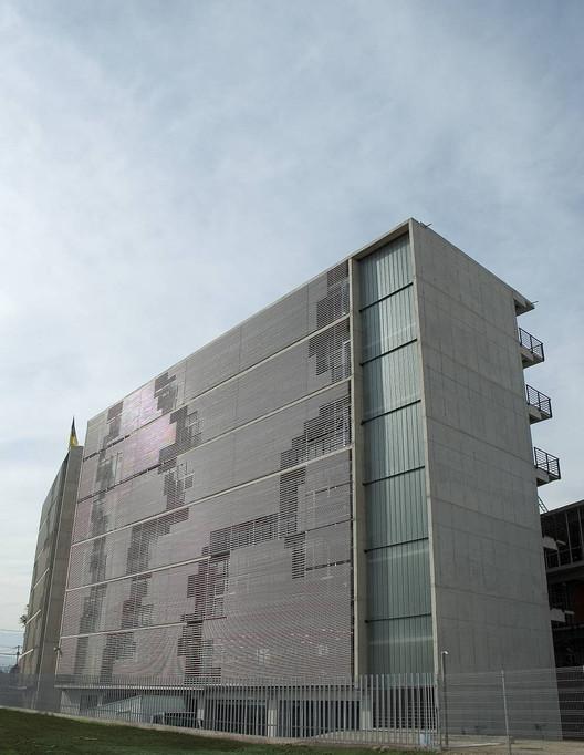 Duoc Puente Alto / Sabbagh Arquitectos, © Francisca Polanco A.