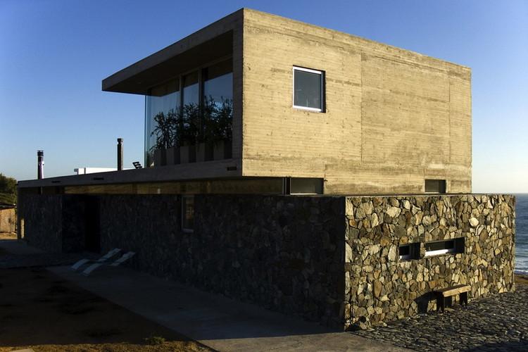 Casa en Tunquén / Rodrigo Aguilar, Cortesía de Rodrigo Aguilar