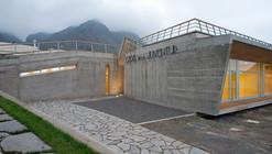 Casa de la Juventud de Los Silos / Lavin Arquitectos