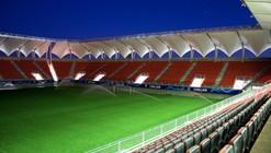 Estadio Bicentenario Nelson Oyarzún Arenas de Chillán / Judson & Olivos Arquitectos
