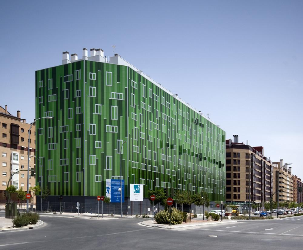 Edificio de viviendas somos arquitectos plataforma arquitectura - Arquitectos interioristas madrid ...