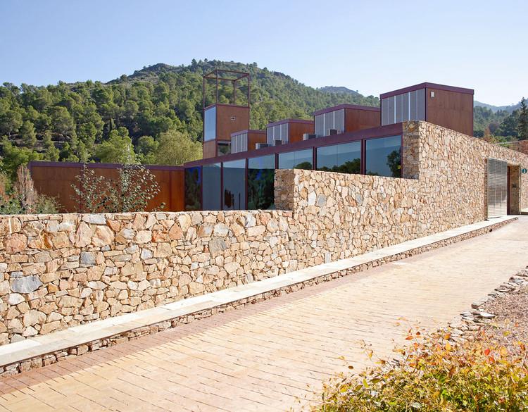 """Centro De Visitantes """"El Valle"""". Parque Regional """"El Valle y Carrascoy"""" / Manuel Fonseca Gallego, © Miguel de Guzmán"""