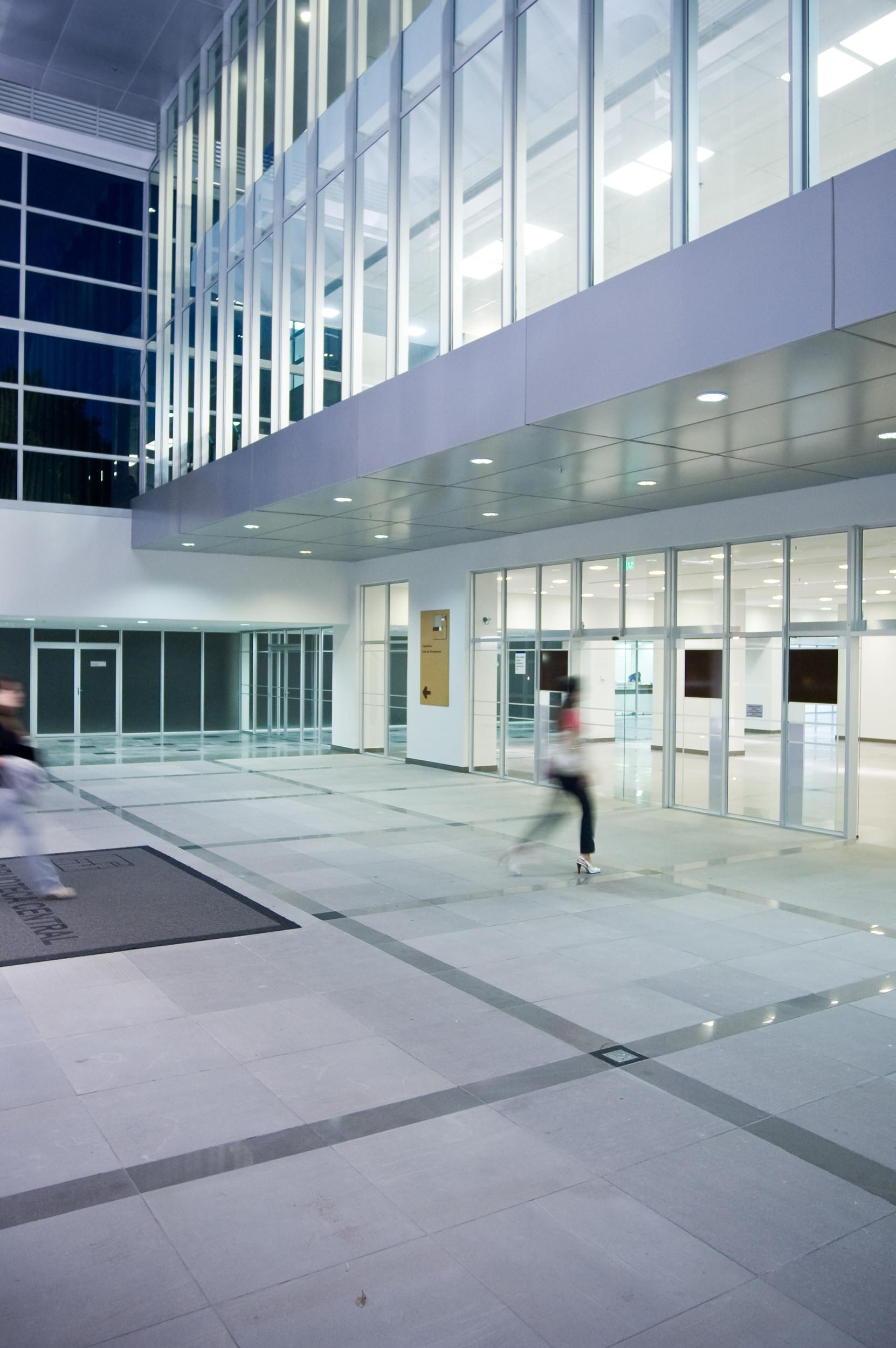 PUC-RS Library / Santini & Rocha Arquitetos