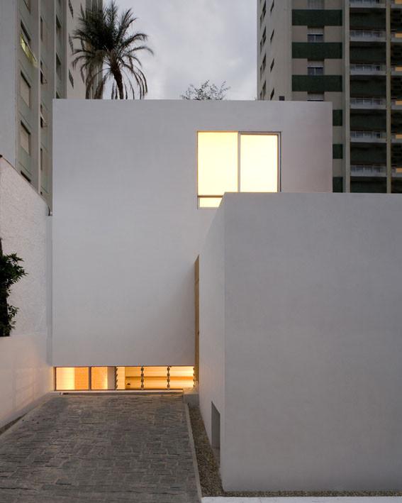 Casa Cubo / AR Arquitectos, © Maíra Acayaba