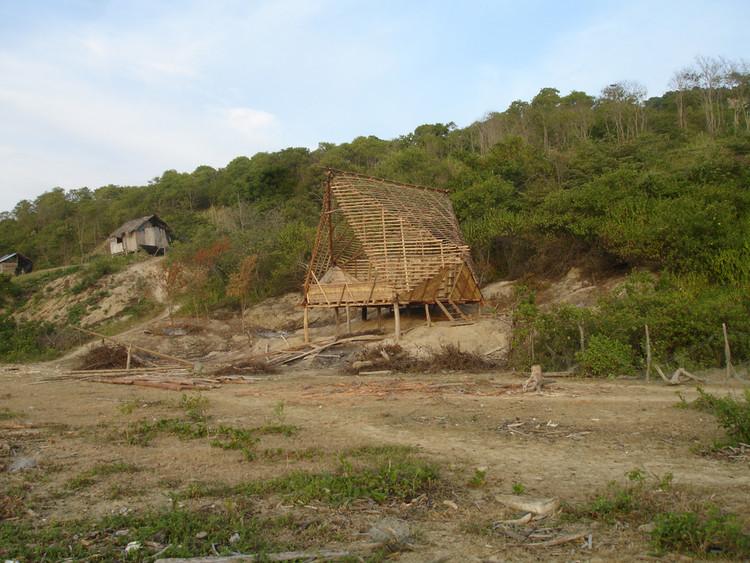 Construcción © Pascual Gangotena