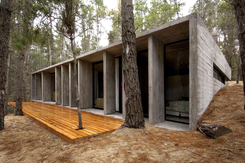 Casa de Hormigon / BAK Arquitectos, © Daniela Mac Adden