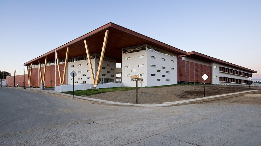 Liceo Técnico y Humanista / PLAN Arquitectos, © Pablo Blanco Barros