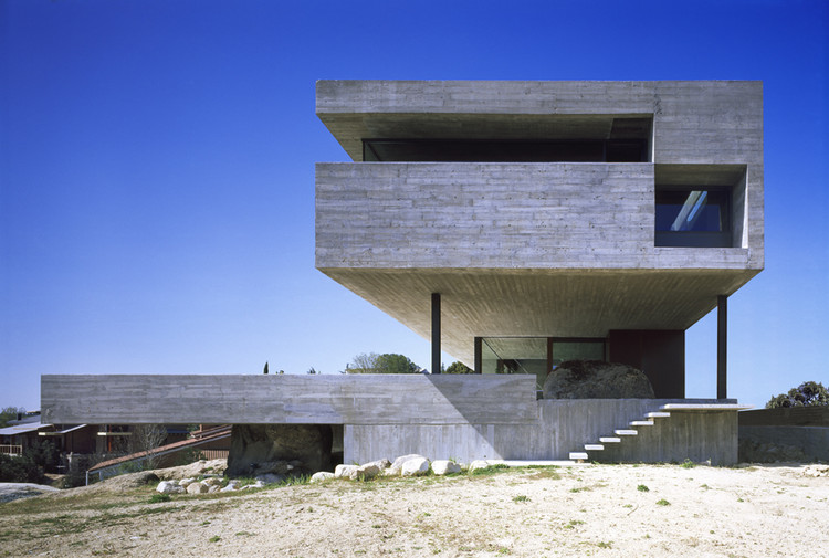Vivienda bi familiar en la sierra norte madrileña / ICA Arquitectura S.L.P., Cortesía de ICA Arquitectura S.L.P.