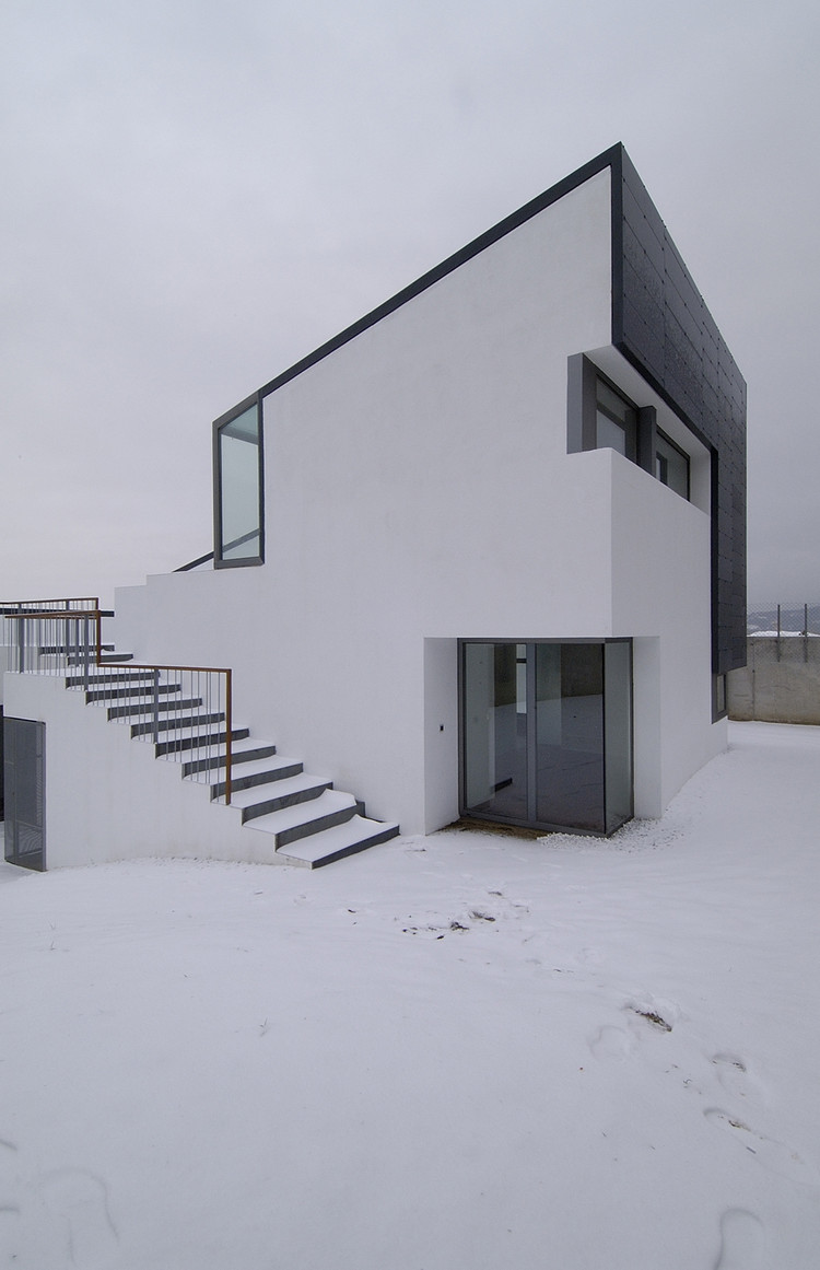 Casa en la Sierra de Collado Mediano / Padilla Nicás Arquitectos, Cortesía de Padilla Nicás Arquitectos