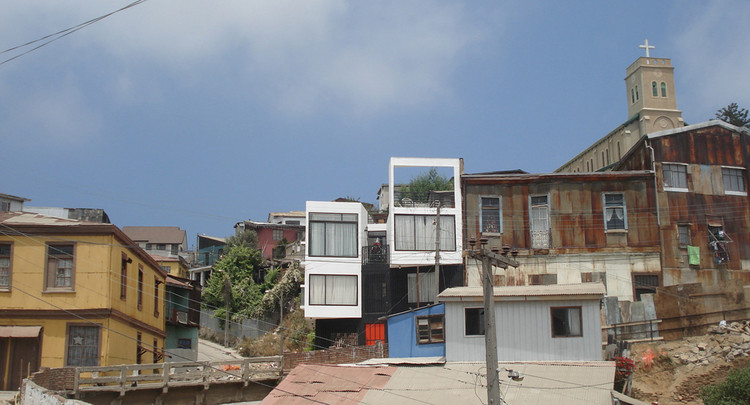 Vivienda Stuardo / molo arquitectos, Cortesía de Daniel Morales E.