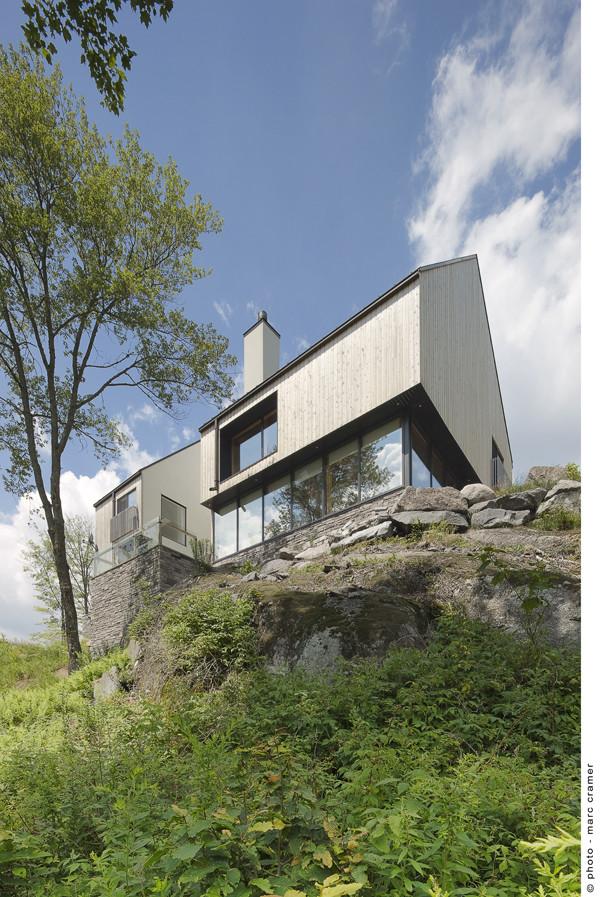 Houle-Thibault residence / Chevalier Morales architectes, © Marc Cramer