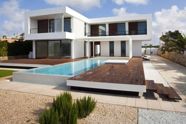 Casa en menorca dom arquitectura plataforma arquitectura - Casas en menorca ...