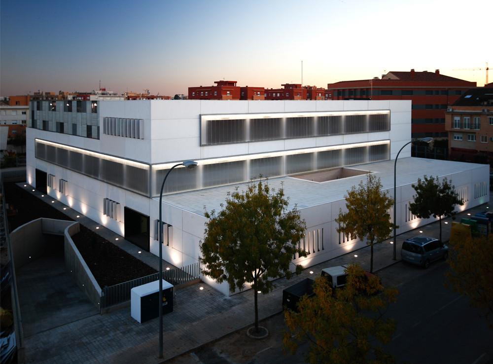 Centro de salud ciudad real 3 bat arquitecnica - Arquitectos ciudad real ...