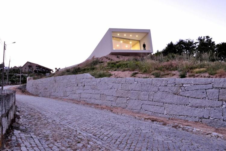 Casa Jorge Guedes / 100 Planos Arquitectura, Cortesía de 100 Planos Architecture