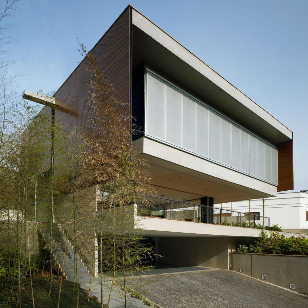 Casa BV / Biselli + Katchborian architects, © Nelson Kon