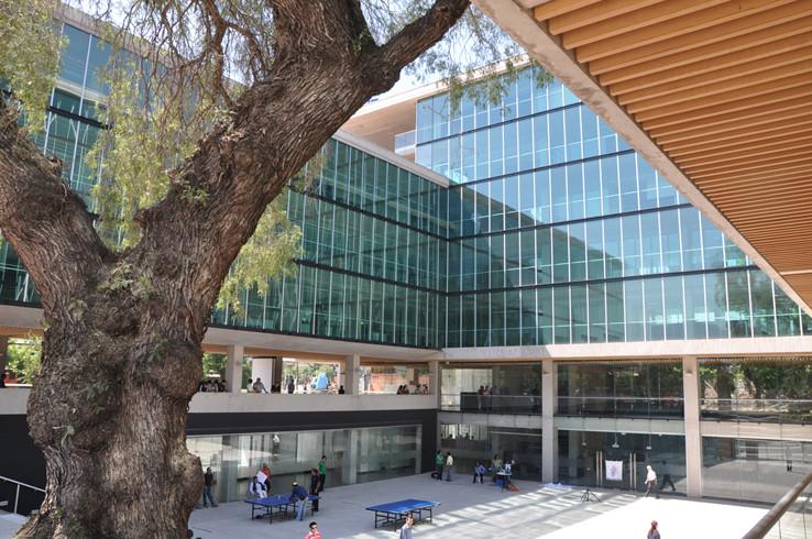 Edificio Consistorial Recoleta / Prado Arquitectos, © Tomas Prado