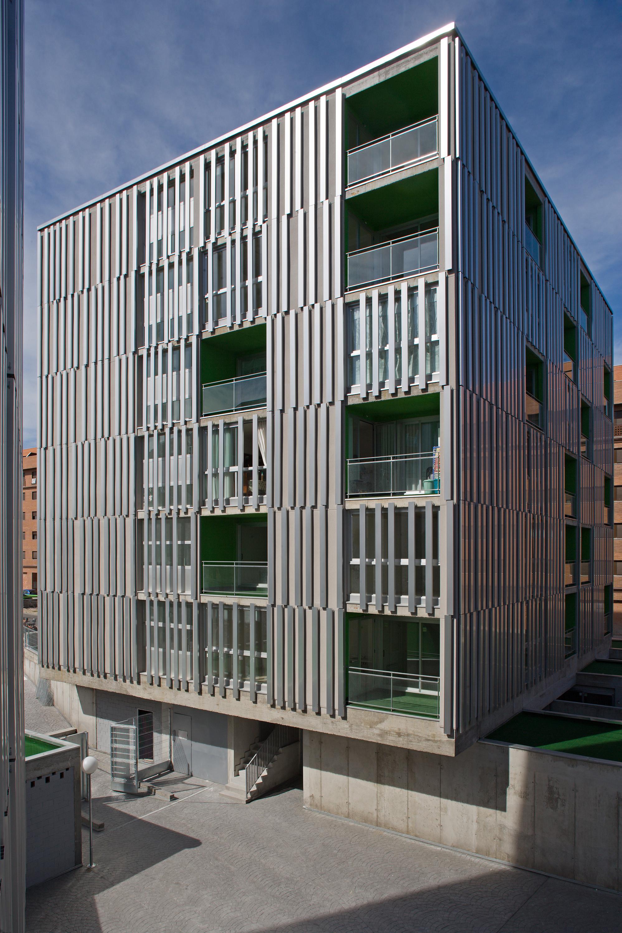 156 Viviendas Transitorias en Parla / Rueda Pizarro Arquitectos SLP, © Miguel de Guzmán