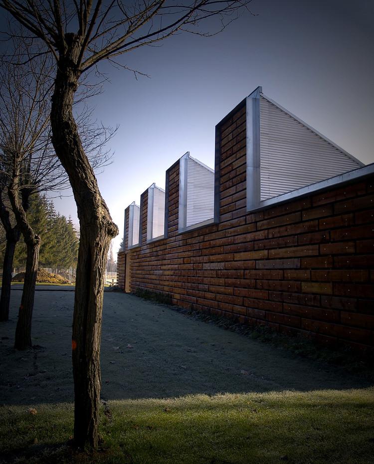 Edificio Bioclimático de Instalaciones en las Piscinas de Gamarra / Ramón Ruiz-Cuevas Peña, Cortesía de Ramón Ruiz-Cuevas