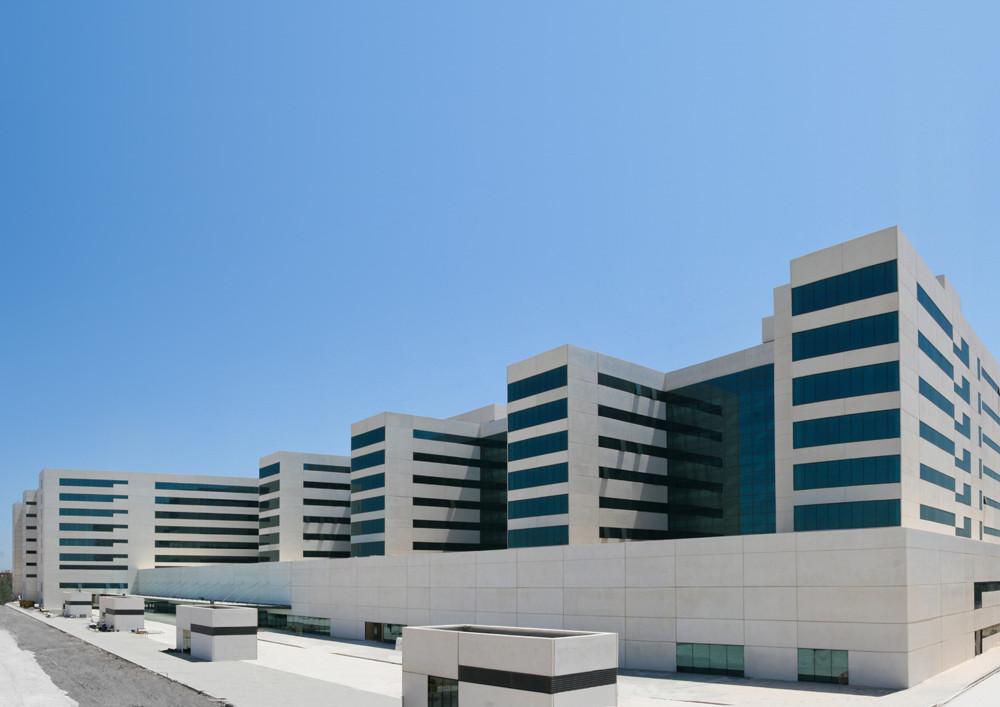 Nuevo Hospital Universitario La Fe de Valencia / Ramon Esteve, Alfonso Casares, Cortesia de Aidhos Arquitects