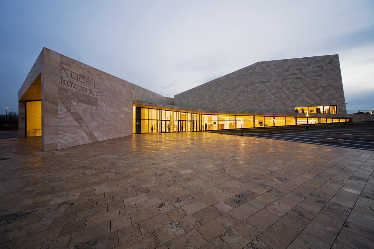 Centro Kodály / Építész Stúdió, © Tamás Bujnovszky