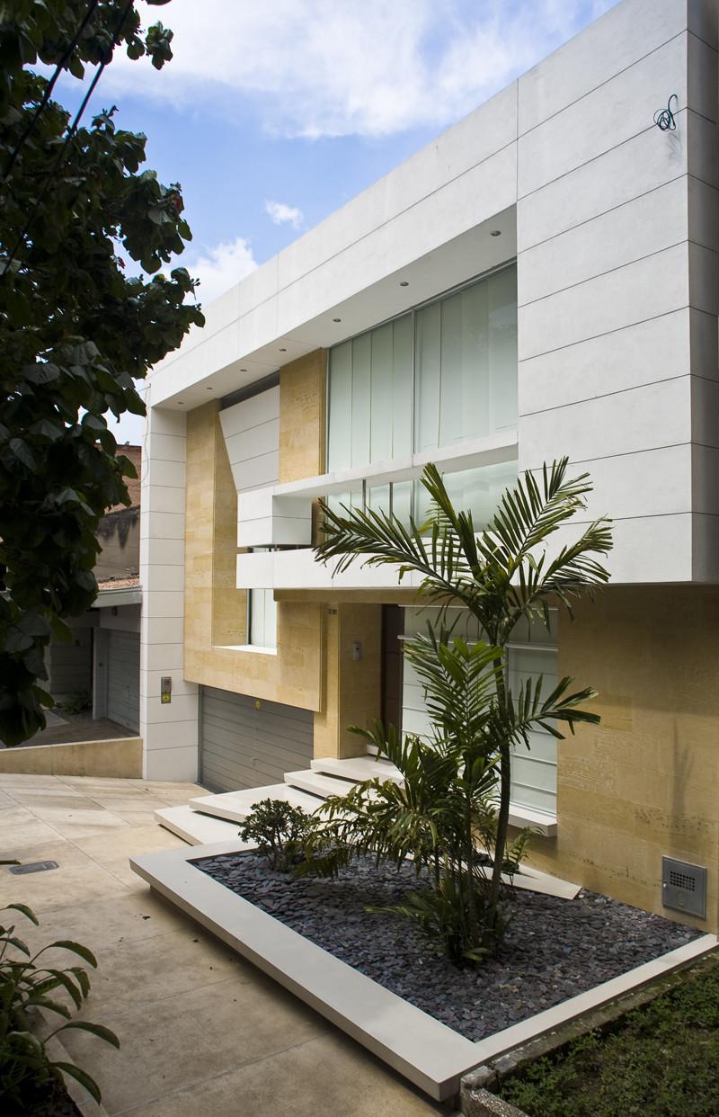 Casa Laureles / Carlos Molina Londoño, © Carlos Tobón