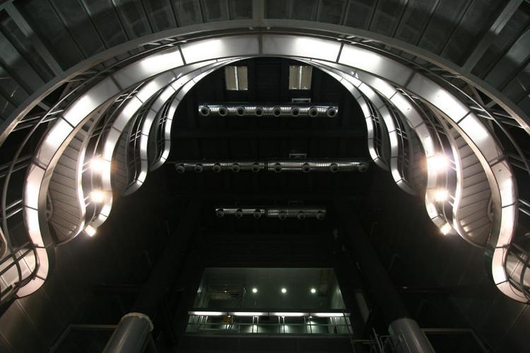 Estaciones de la Línea 9 de Metro de Barcelona: La Salut Y Llefià / Soldevila Arquitectos, © M. Grassi