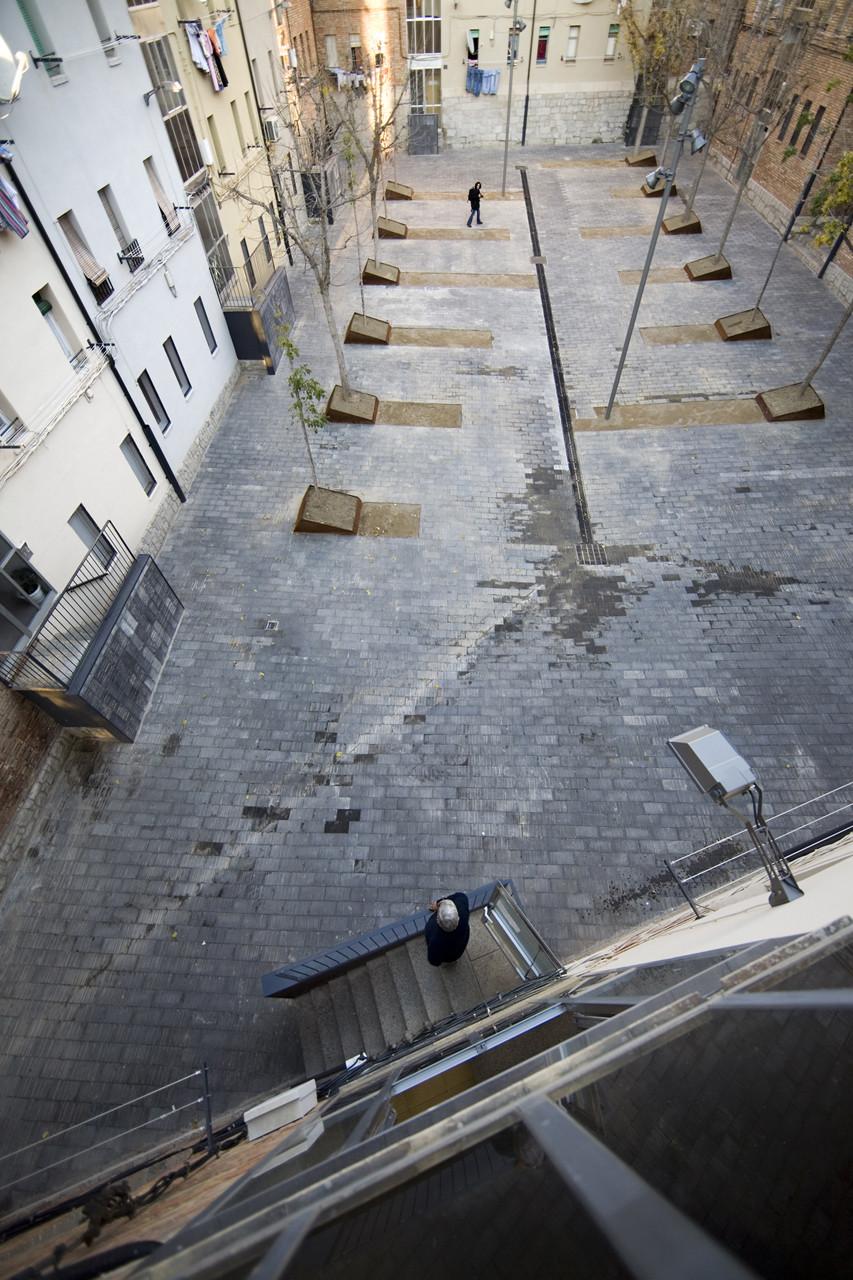 """Bloques """"Grup del Pla"""" / BmésR29 Arquitectes, © Amaneceres Fotográficos"""